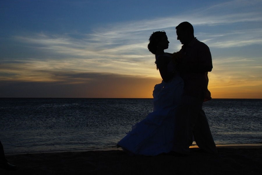 couple-1427863_960_720.jpg