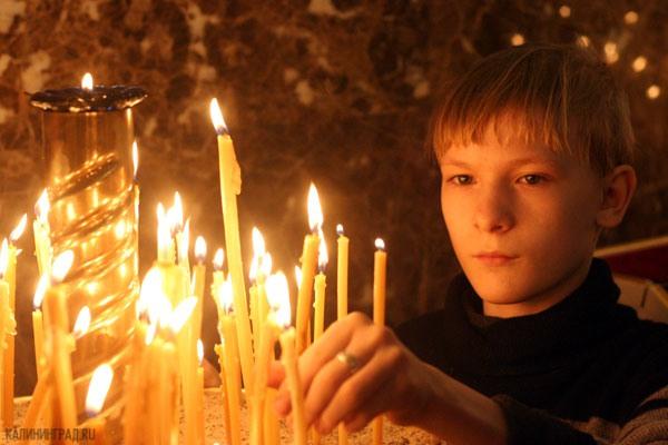 society_na-pashu-v-krymu-pokazhut-pryamuyu-translyaciyu-nochnogo-bogosluzheniya_961