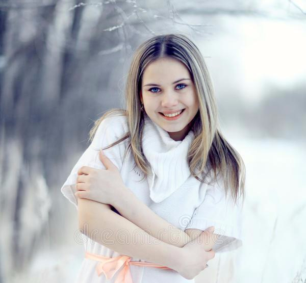 beautiful-blonde-girl-winter-nature-portrait-64108525