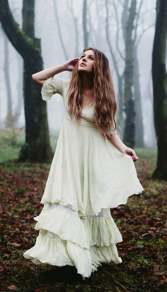 forest-white-dress-girl-morning-fog_1920x1200.jpg