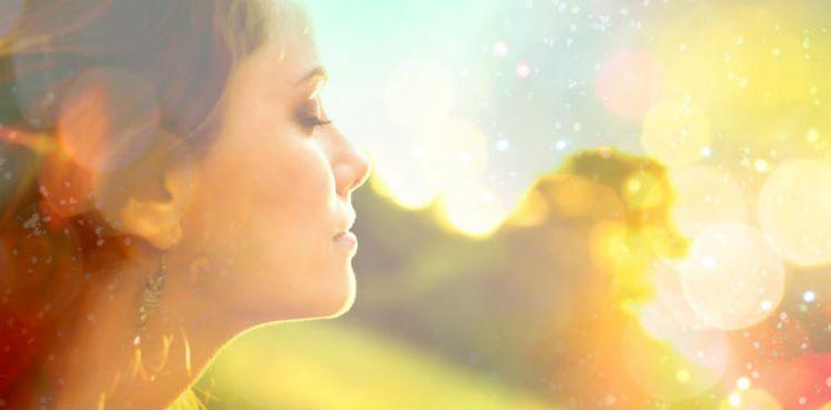 Sun_MAIN_light_sunlight_Sunshine_woman_pic