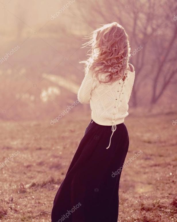 depositphotos_69516575-stock-photo-portrait-of-a-beautiful-blonde